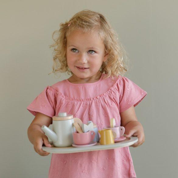 Little Dutch fa teáskészlet